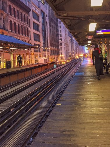 Chicago, Blue Line, Platform